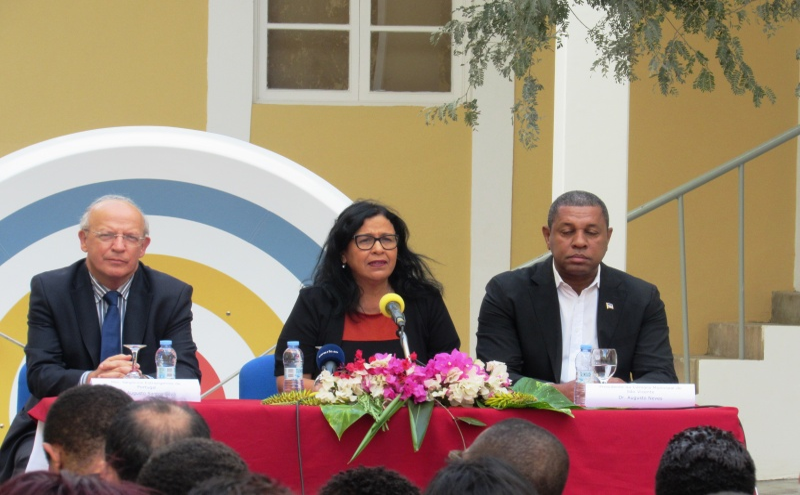 Augusto Santos Silva, Matitza Rosabal , Augusto Neves