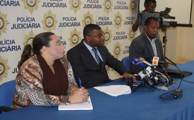 António Sousa (ao centro)