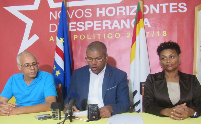 Nilton Silva, Alcides Graça e Elisabete dos Santos