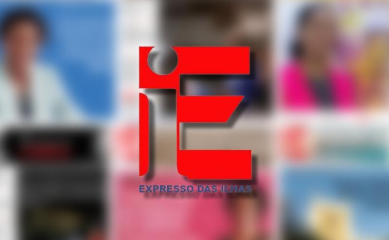 Djô da Silva e Nuno Sardinha, da RDP África, posam no stand do principal patrocinador do evento