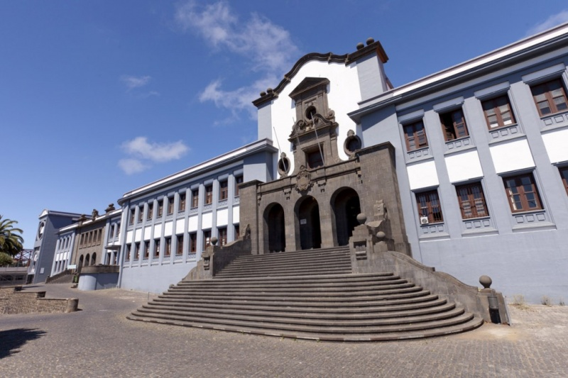 Edifício central da Universidade de La Laguna
