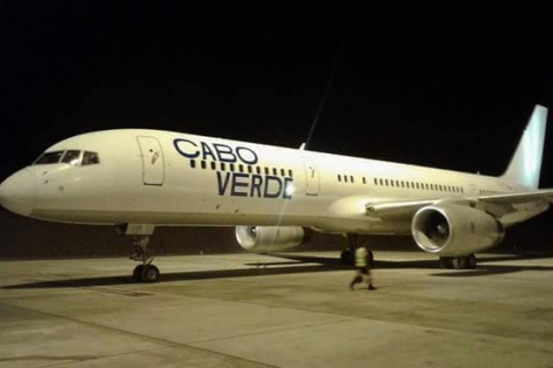 Boeing 757 da Cabo Verde Airlines