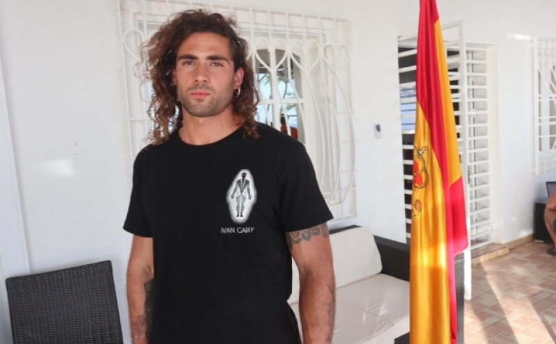 Ambientalista e porta-voz do grupo, Santiago Garcia