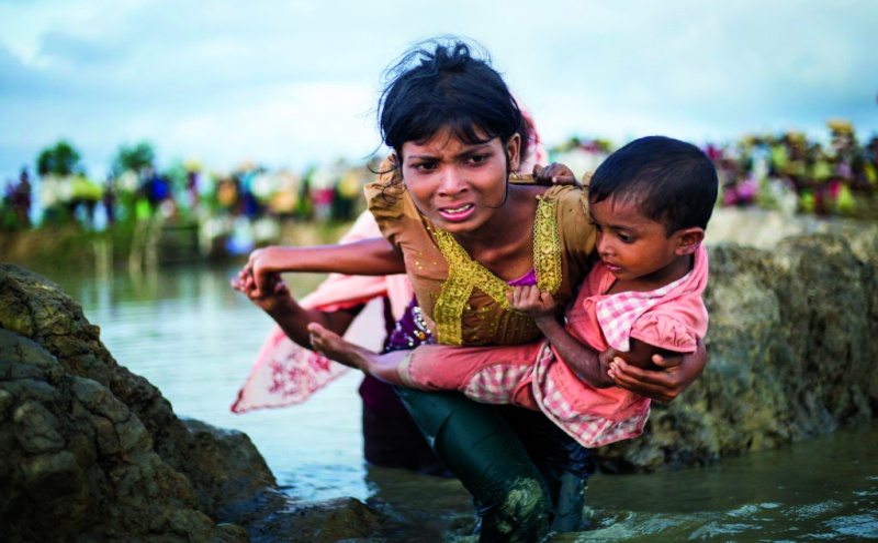 Refugiada Rohingya abandona Mianmar rumo ao Bangladesh(ONU)